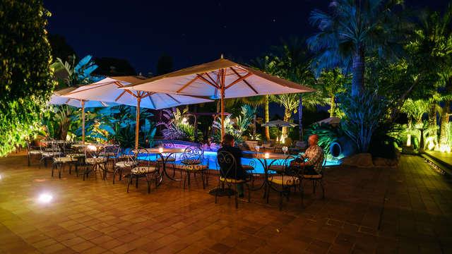 Plongez dans une oasis de tranquillité dans le Chill-Lounge de Moraira.