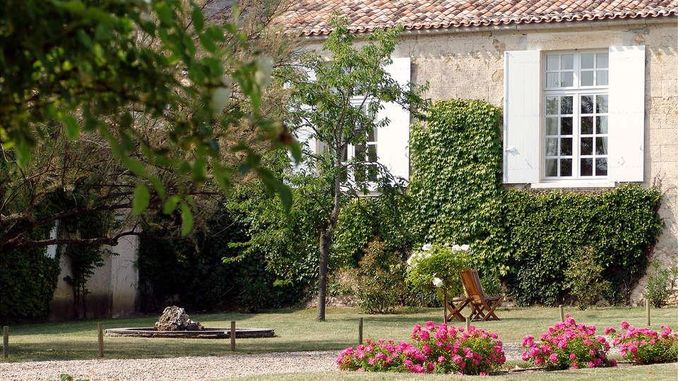 Relais du Château d'Arche, The Originals Relais  - edit_front1.jpg