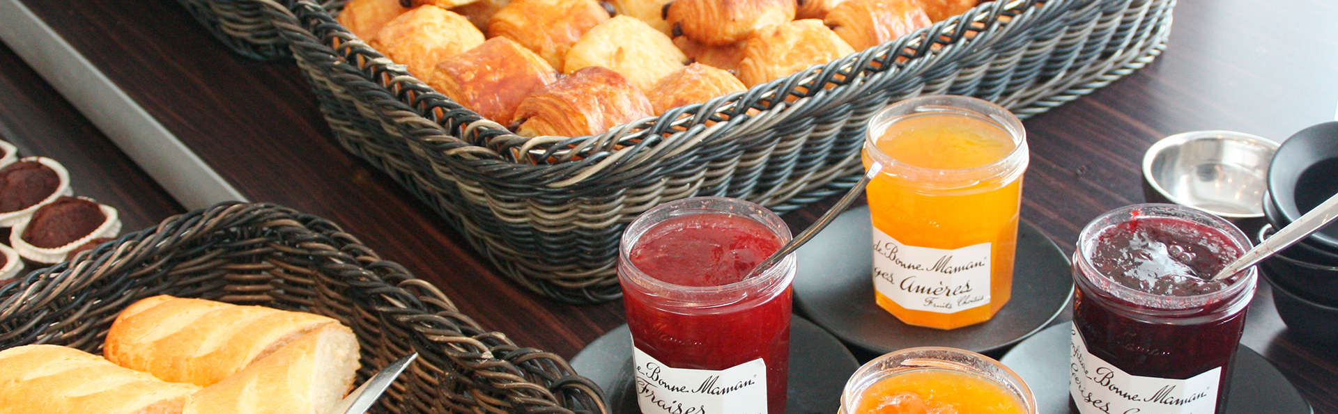 Novotel Paris Vaugirard Montparnasse - EDIT_breakfast2.jpg