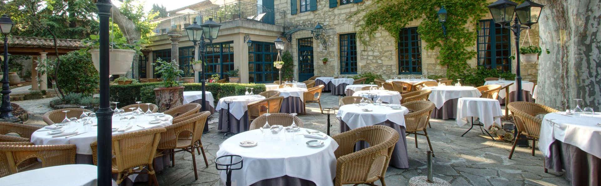 Najeti Hôtel la Magnaneraie - edit_terrace_restaurant.jpg