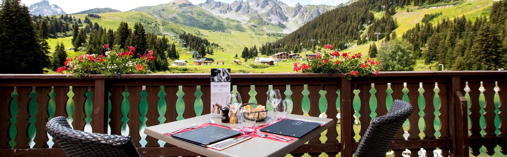 Dîner et air pur au cœur des forêts Alpines, à Courchevel