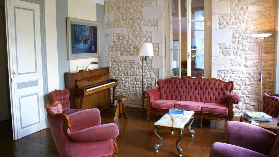 Domaine La Fontaine - EDIT_Lounge.jpg