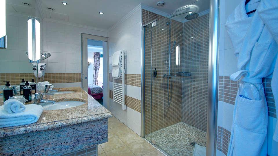 Najeti Hôtel de la Poste  - edit_bathroom.jpg