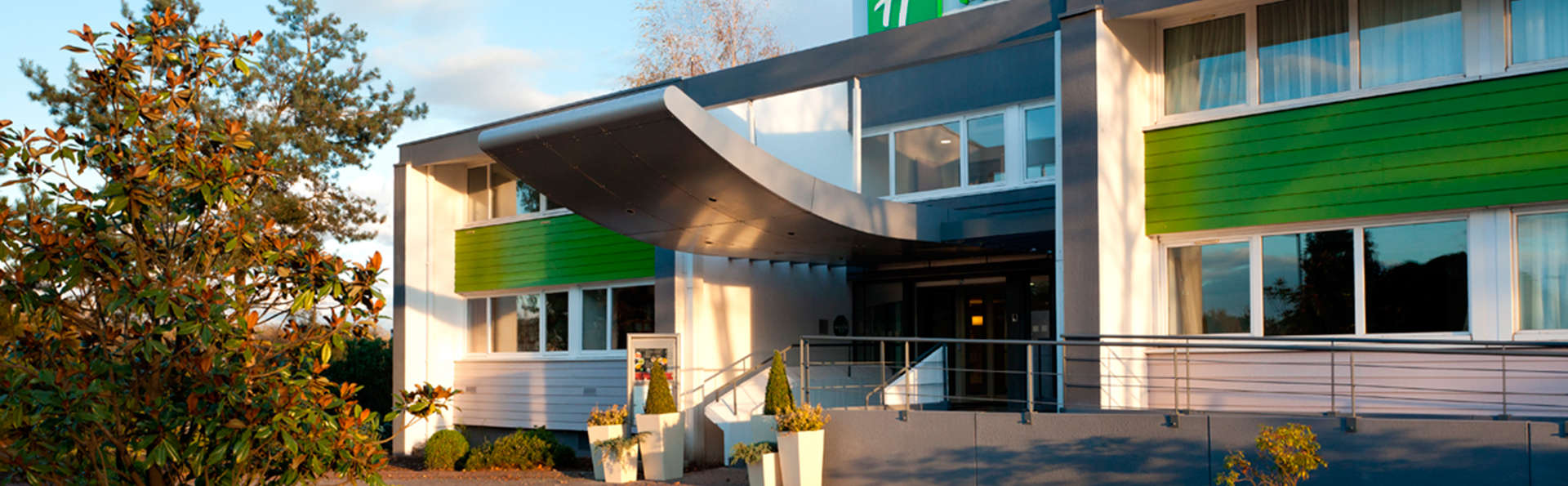 Holiday Inn Lille Ouest Englos - EDIT_front1.jpg