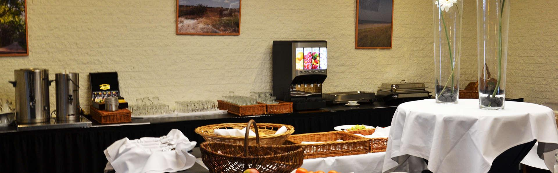 Fletcher Badhotel Callantsoog - EDIT_NEW_buffet.jpg