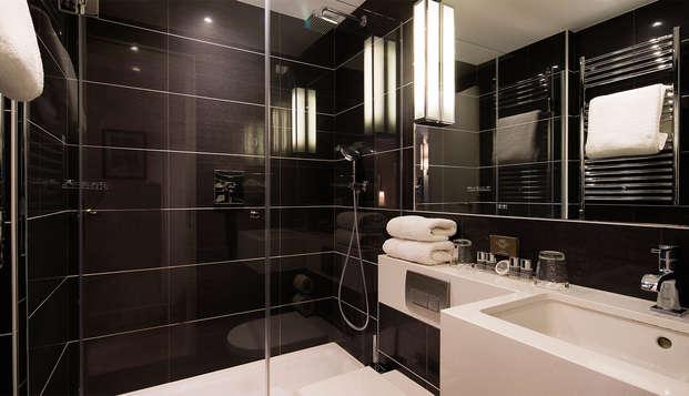 Hotel Balmoral Champs-Elysees - bath