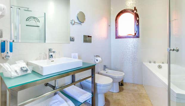 Hotel Patio de la Alameda - bathroom