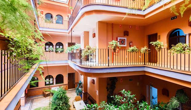 Hotel Patio de la Alameda - patio