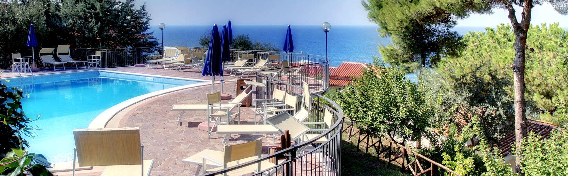 Confort y diversión en la Riviera de los Cedros (7 noches)