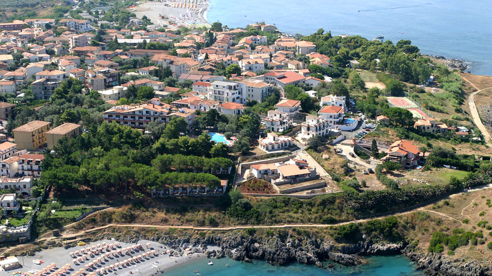 Hotel Guardacosta - Edit_View.jpg
