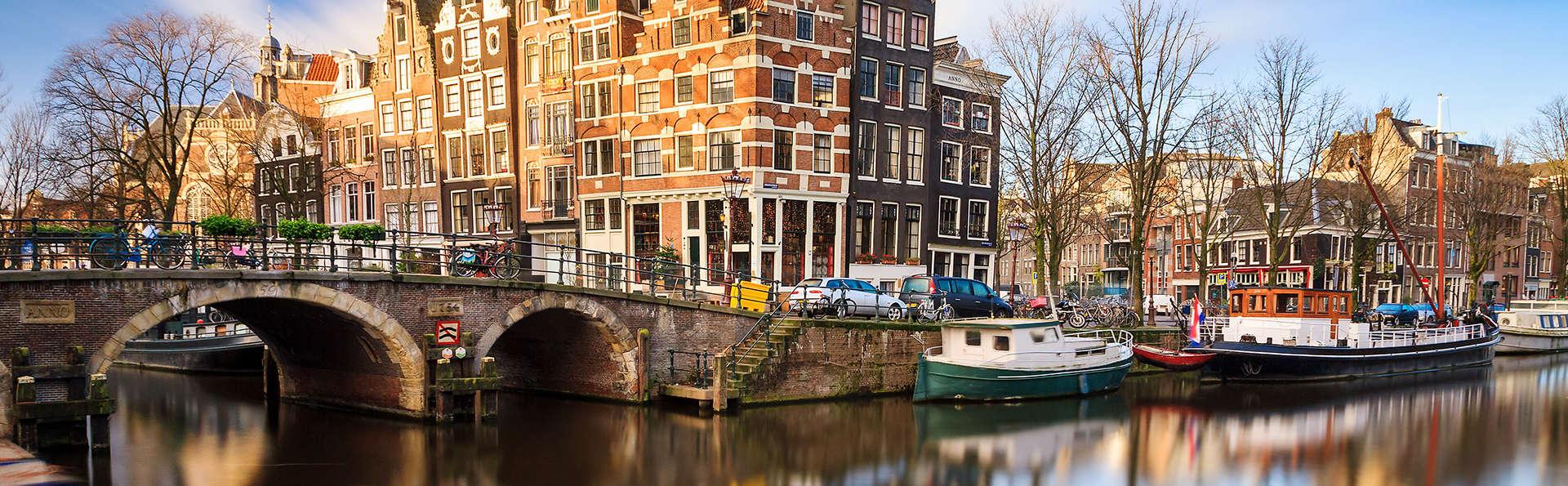 Room Mate Aitana - Edit_Amsterdam.jpg