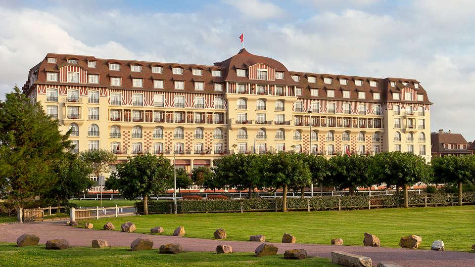 Hôtel Barrière Le Royal Deauville - EDIT_front.jpg