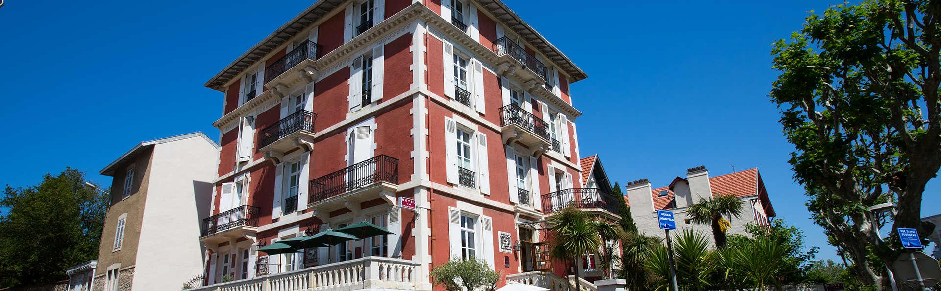 La Maison du Lierre - edit_front2.jpg