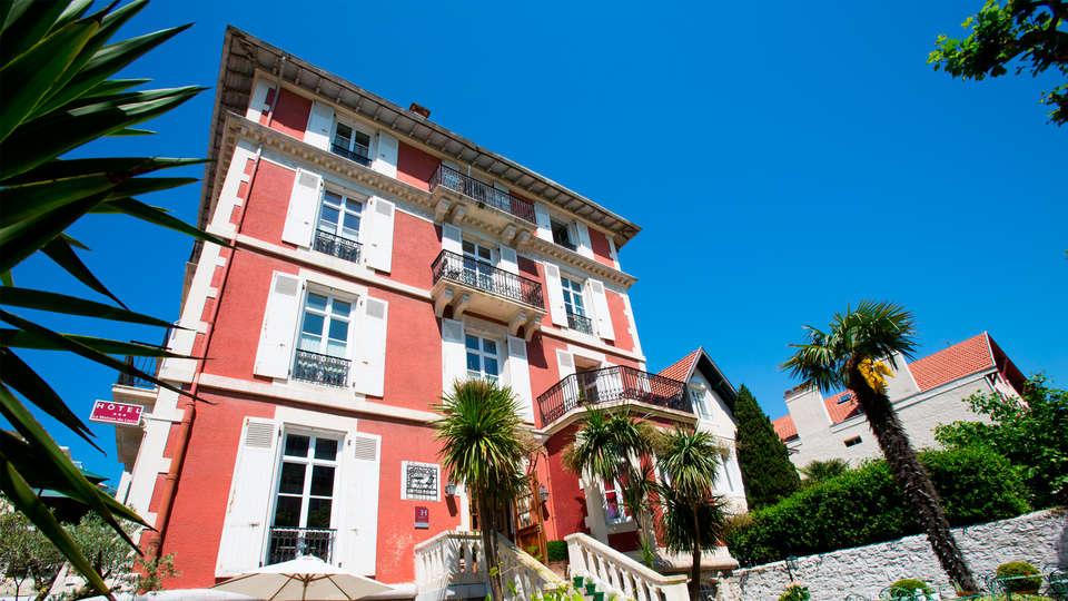 La Maison du Lierre - edit_front3.jpg