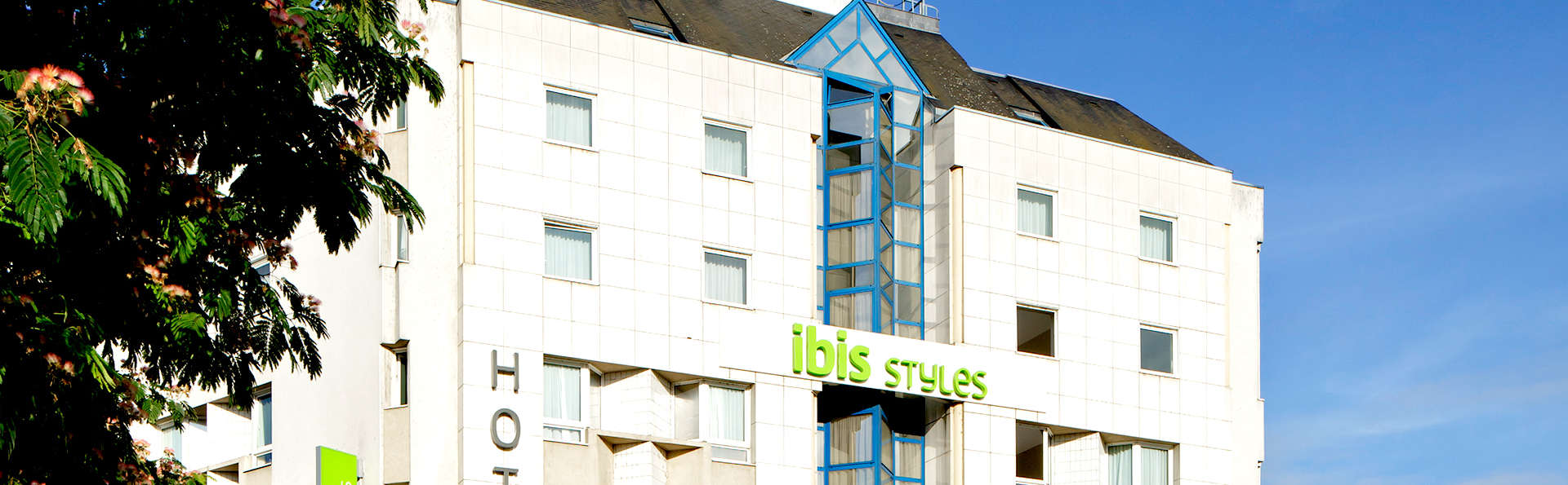 Ibis Styles Tours Centre - Edit_Front4.jpg