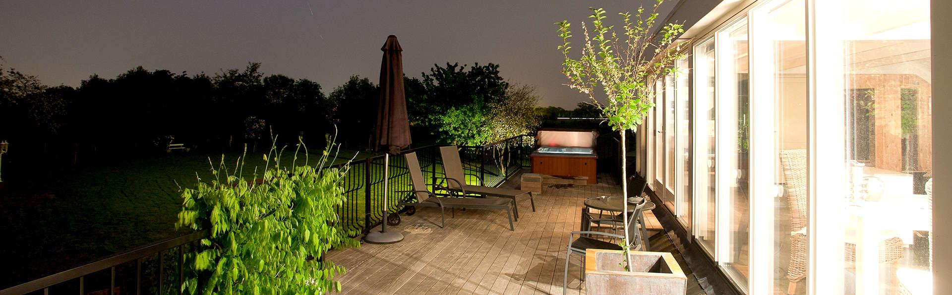 Profitez dans un penthouse avec jacuzzi privé et toit-terrasse.