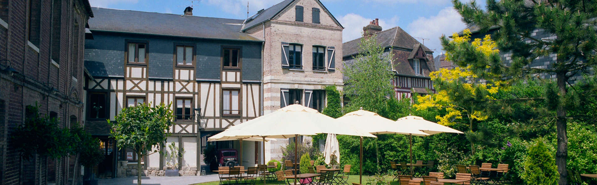 Hôtel La Licorne & Spa 4* - Lyons la forêt, France on