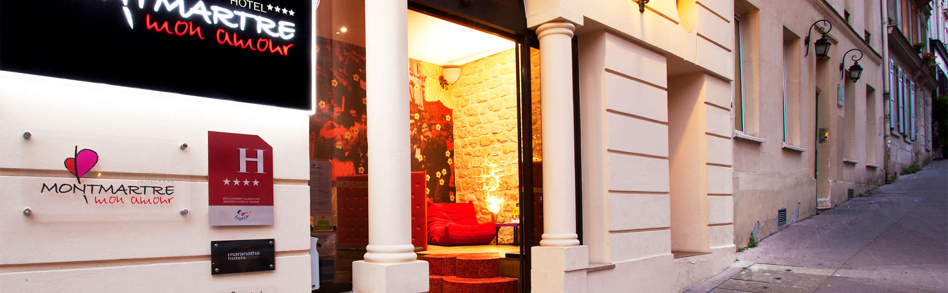 Hôtel Montmartre mon Amour - EDIT_front2.jpg