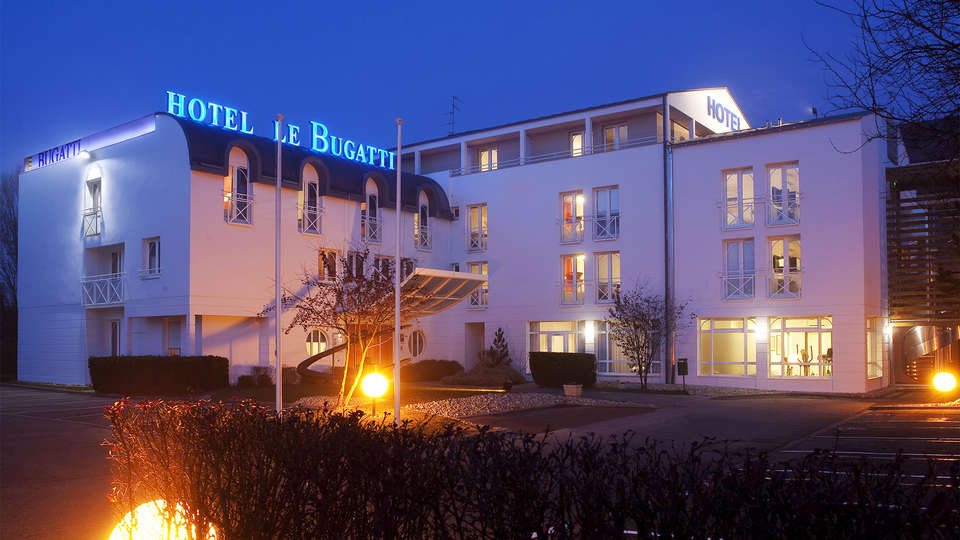 Hôtel Le Bugatti - EDIT_Exterior.jpg