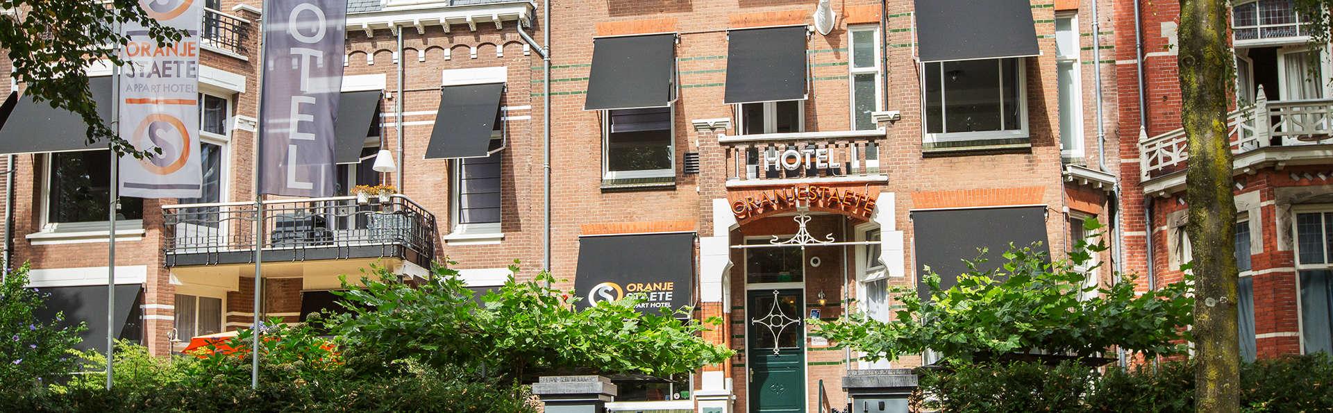 Hotel Oranjestaete  - EDIT_NEW_front2.jpg