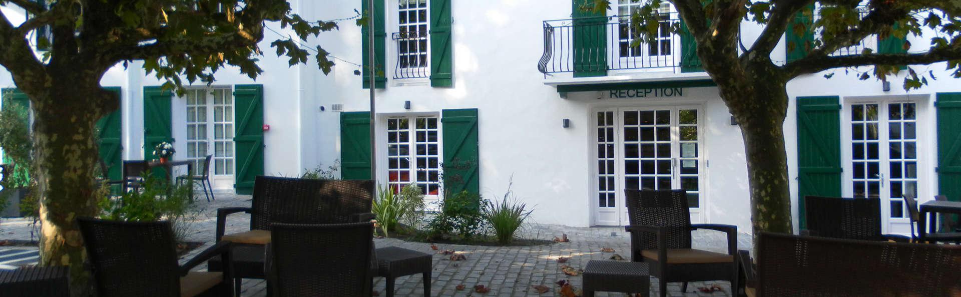 Hôtel-Résidence Alaia - edit_terrace3.jpg