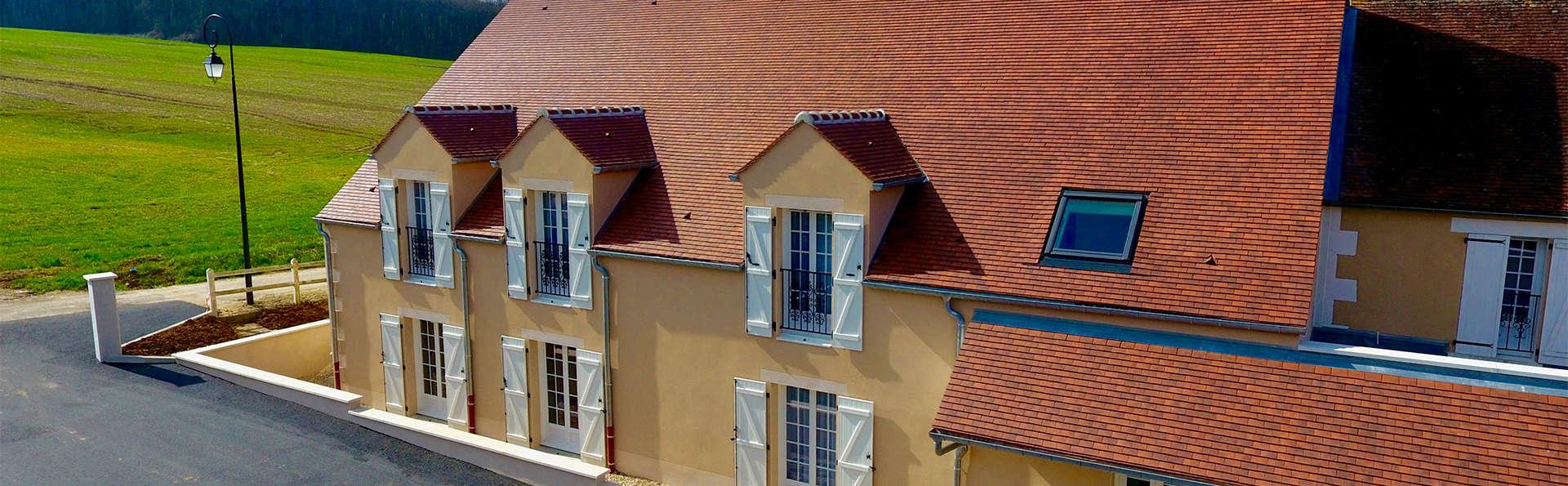 Hôtel Le Moulin de la Coudre - EDIT_Exterior.jpg