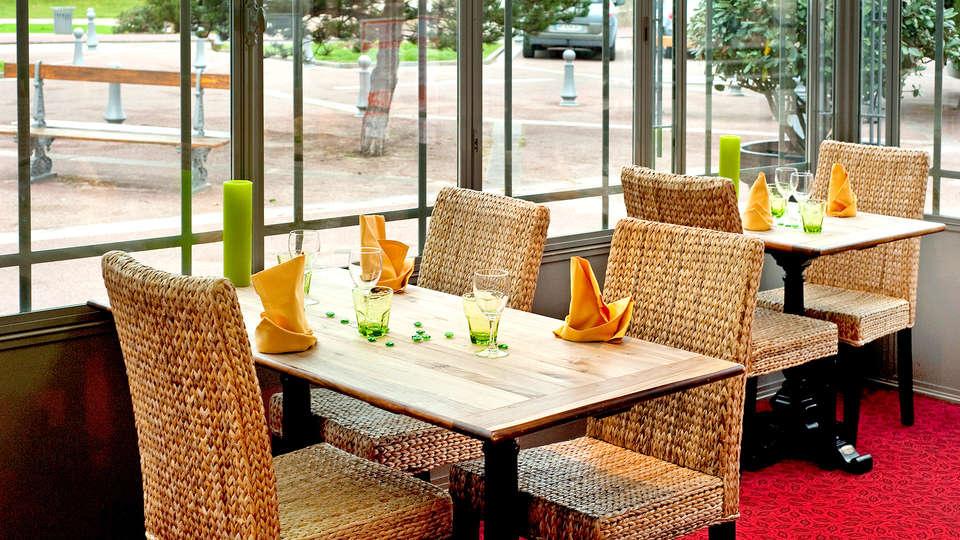 Hôtel restaurant La Pêcherie - Edit_Restaurant.jpg