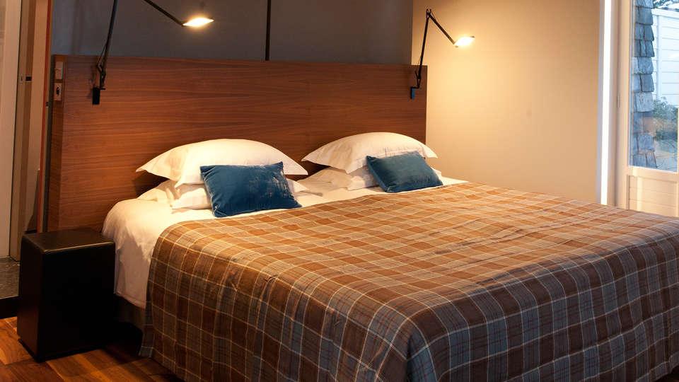 Relais & Châteaux Le Brittany & Spa - EDIT_room4.jpg