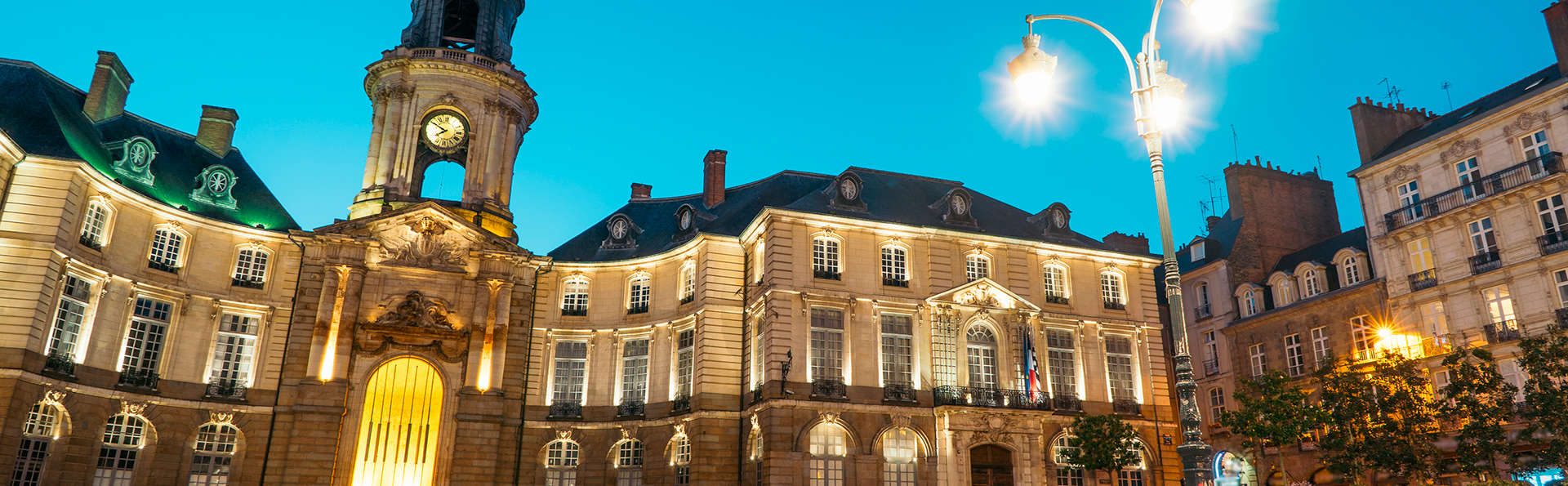 Hôtel des Lices - EDIT_destination.jpg