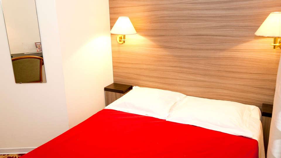 Hôtel Majestic Alsace - Edit_Room2.jpg