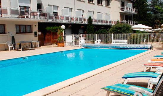 Week end de charme m r ville avec acc s la piscine for Piscine mereville