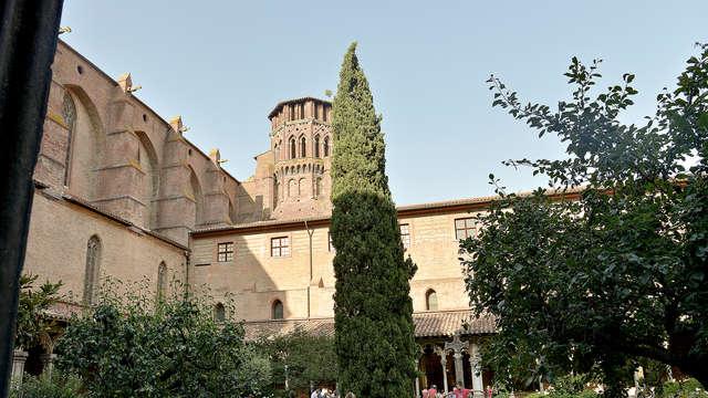 Explora cada rincón de la Toulouse, la Ciudad Rosa, con la City Card Toulouse