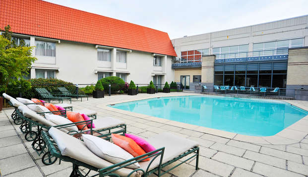 Parker Hotel Brussels Airport - NEW pool