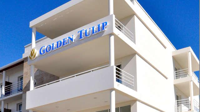 Golden Tulip La Baule Suites - Front