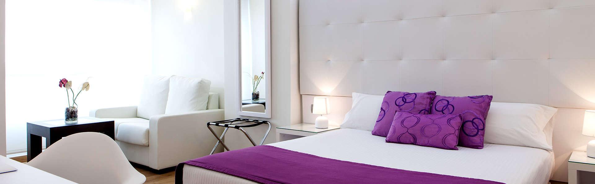 Escapade dans une chambre supérieure avec petit-déjeuner inclus à Alicante