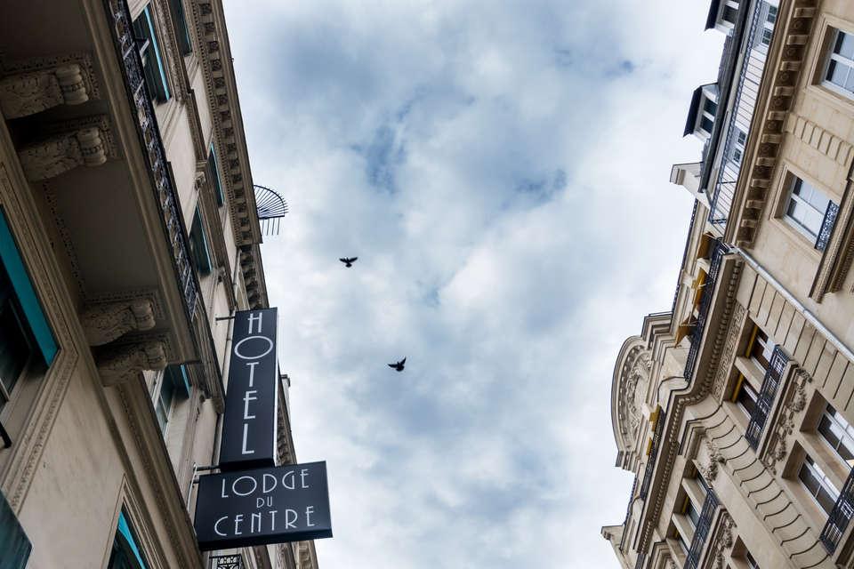 Hôtel Lodge du Centre - Facade__2_.jpg