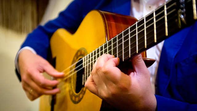 Week-end avec spectacle de flamenco, bouteille de cava, chocolats et parking à Cordoue