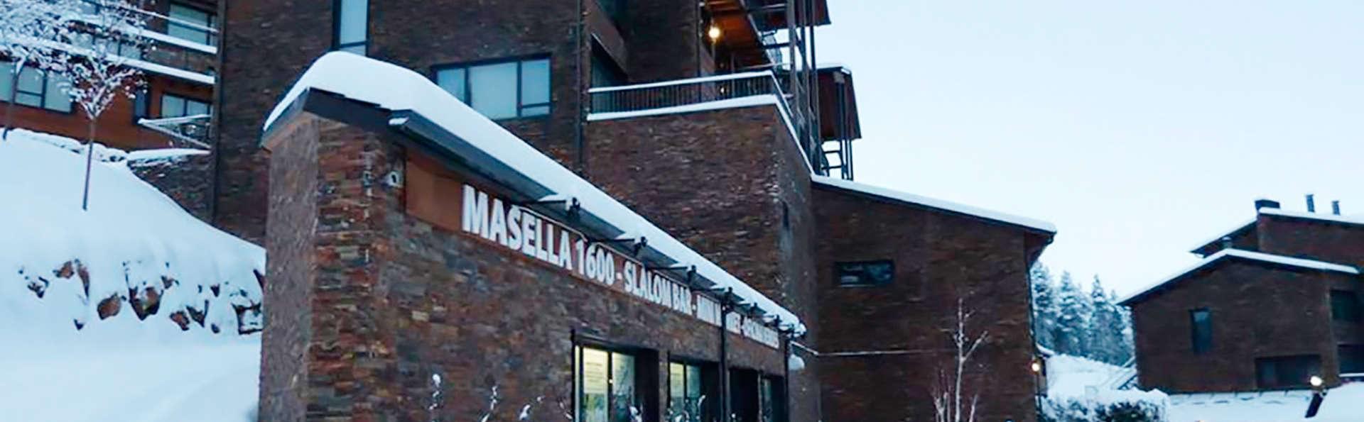 Apartamentos La Masella 1600 - EDIT_front1.jpg