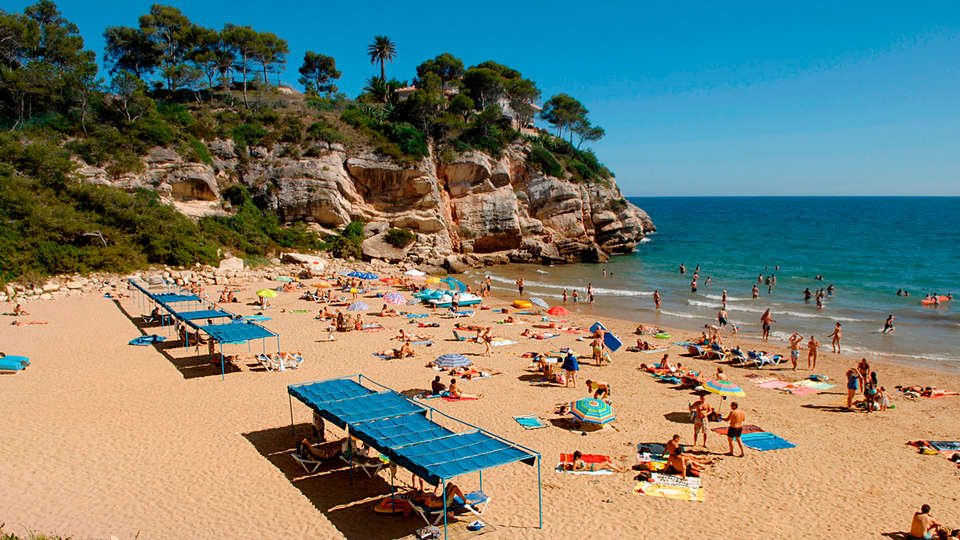 Apartamentos las Acacias - EDIT_beach.jpg