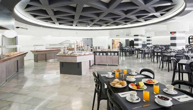 Alla scoperta dell'Andalusia con cena a buffet a Fuengirola
