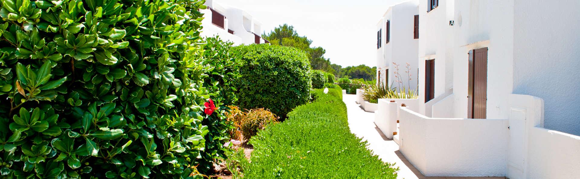 Apartamentos Sa Cala - EDIT_exterior1.jpg