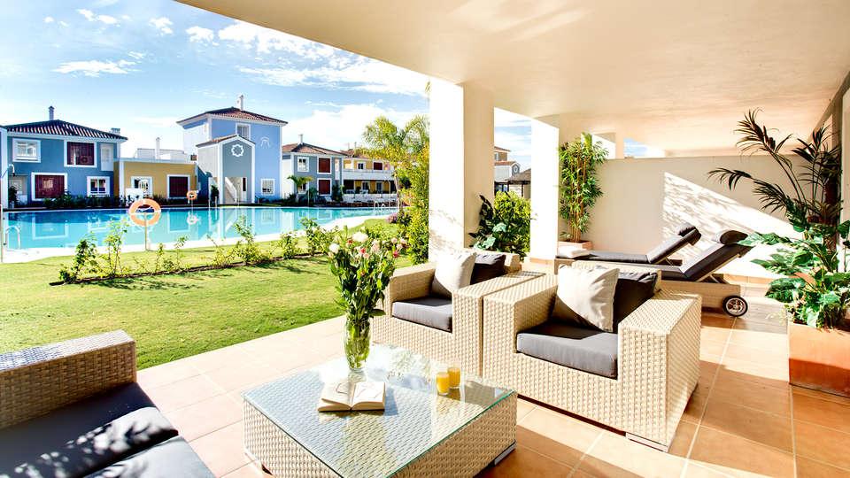 Cortijo del Mar Resort - Edit_Terrace2.jpg