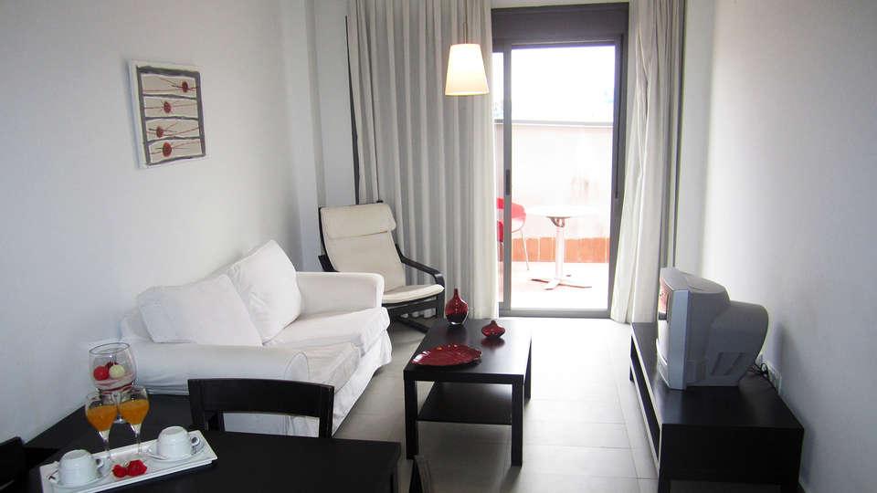 Apartamentos Vega de Triana - EDIT_apartment1.jpg