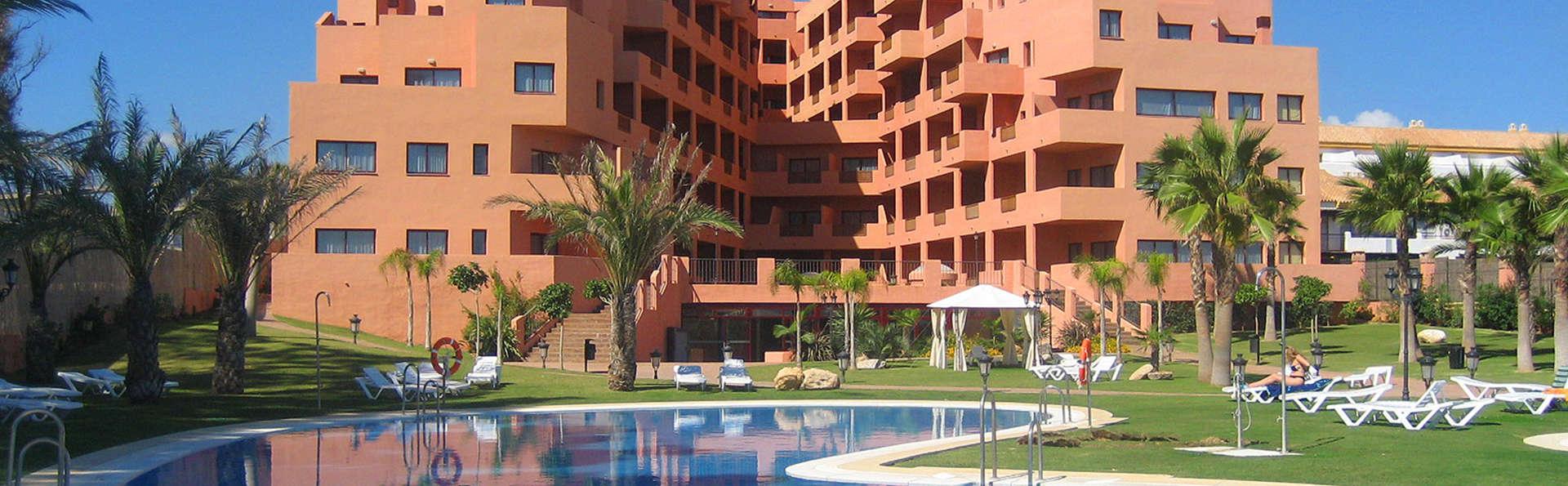 Apartamentos Turísticos Don Juan - EDIT_Exterior1.jpg