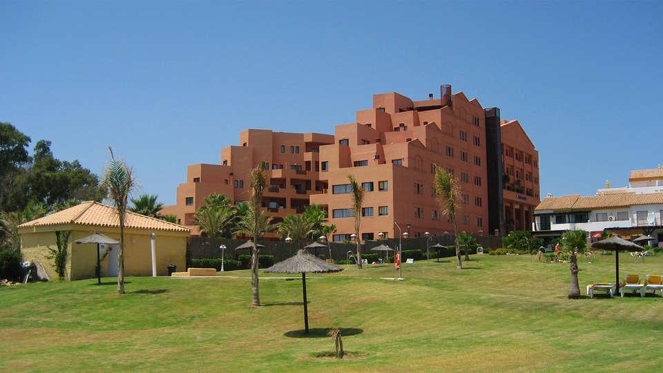Apartamentos Turísticos Don Juan - EDIT_Exterior2.jpg