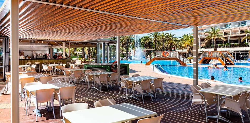 Aparthotel costa encantada 4 lloret de mar espagne for Aparthotel bretagne