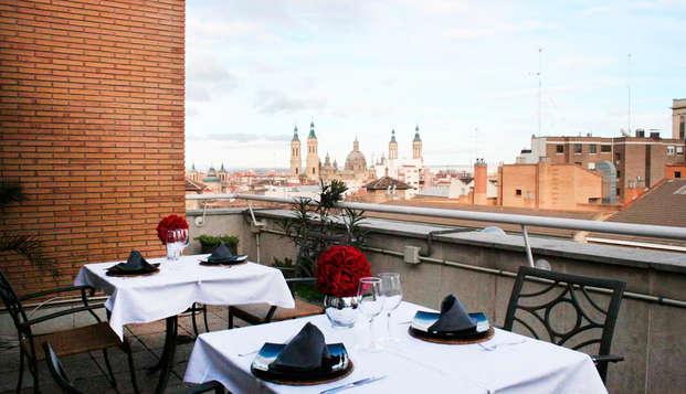 Escápate al pleno centro de Zaragoza con desayuno y cóctel en terraza con vistas a la basilica