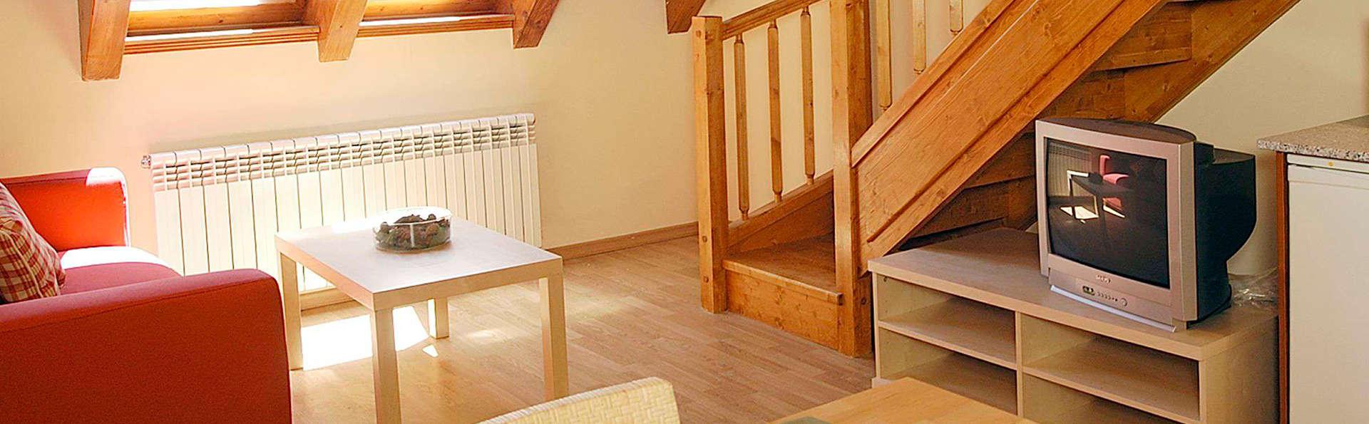 Aparthotel Nou Vielha - EDIT_apartment1.jpg
