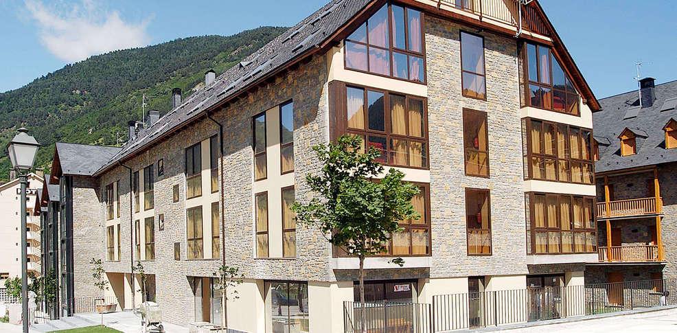 Aparthotel nou vielha vielha espagne for Aparthotel bretagne