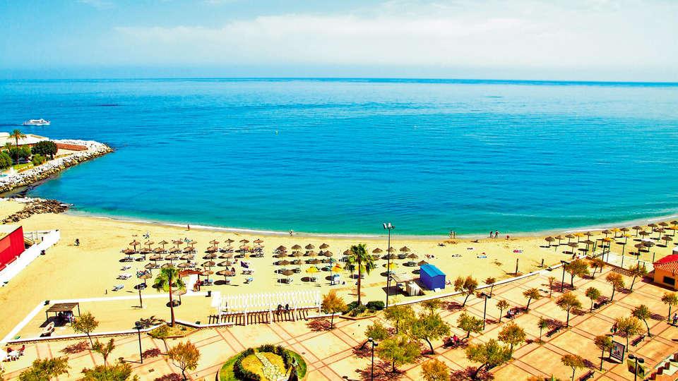 Hotel El Puerto by Pierre and Vacances (inactive) - EDIT_NEW_viewbeach.jpg